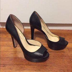 Cute black like new Jessica Simpson pumps! Sz 7.5M